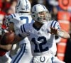Colts' rookie Andrew Luck surging forward with 'blinders' on