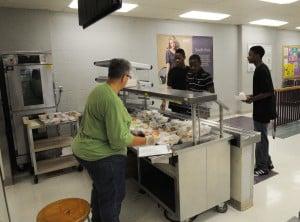 School cafeterias will help kids eat their veggies