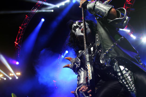 KISS celebrates 40 Years with Decades of Decibels tour