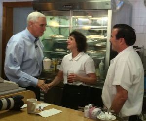 Pence stops in Valpo for coffee and selfies