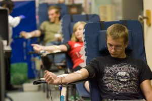 Students give back to community by donating blood