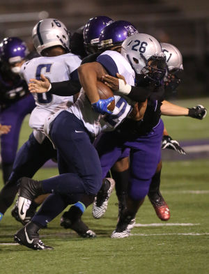 Wilkins-Robinson combo sparks Pirates' win