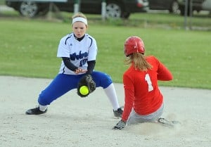 Doelling's blast lifts Hebron to PCC Softball Tourney title