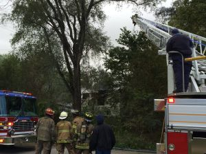 Gary Firefighters put out blaze at abandoned house