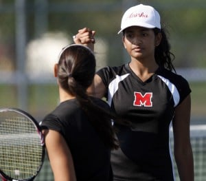 Munster tennis players Rogers and Vavilala keep composure while in pressure cooker