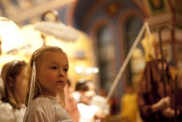 Αποτέλεσμα εικόνας για παιδι  στην εκκλησια