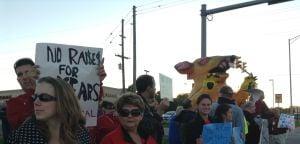 Lake Ridge teachers press School Board with picketing