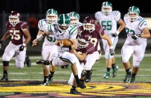 Hittinger runs and passes Valpo past Chesterton