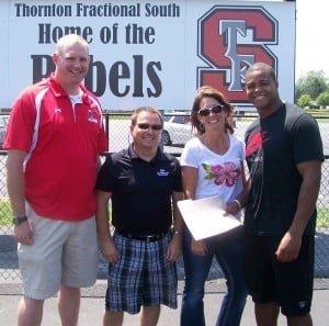 NFL star Pierre Thomas gives T.F. South football a new look on the field