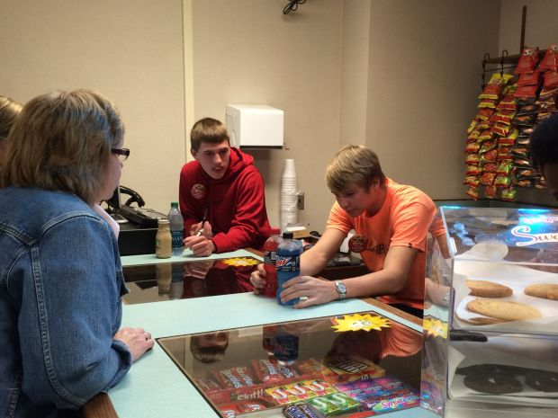 Porter County entrepreneurship students dip their toes into business waters