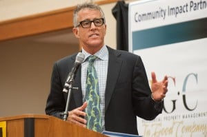 Christopher Lawford talks about addictions at Valpo dinner