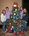 Club helps Haitian children wtih gifts and tree decorations