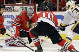 Blackhawks' rally falls short against Nashville