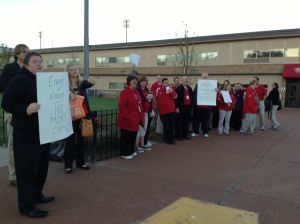 Lake Ridge teachers fighting over pay, retirement issues