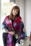 New trends and materials for fall scarves