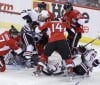 Hossa helps Hawks top Senators