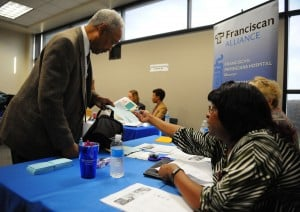Prairie State College job fair attracts more than 400