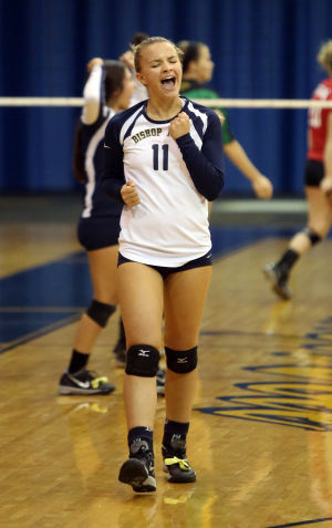 Noll's Bella Kuechenberg quickly adjusted to new positions on volleyball court