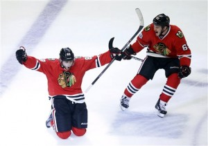 Hawks dethrone Kings, to face Bruins in Finals