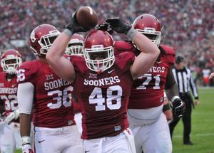 College football: Time to start paying players