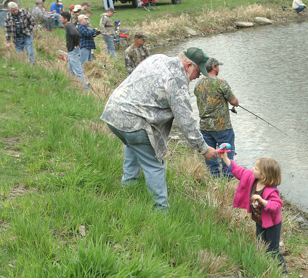 Free fishing this weekend local news for Iowa fishing regulations