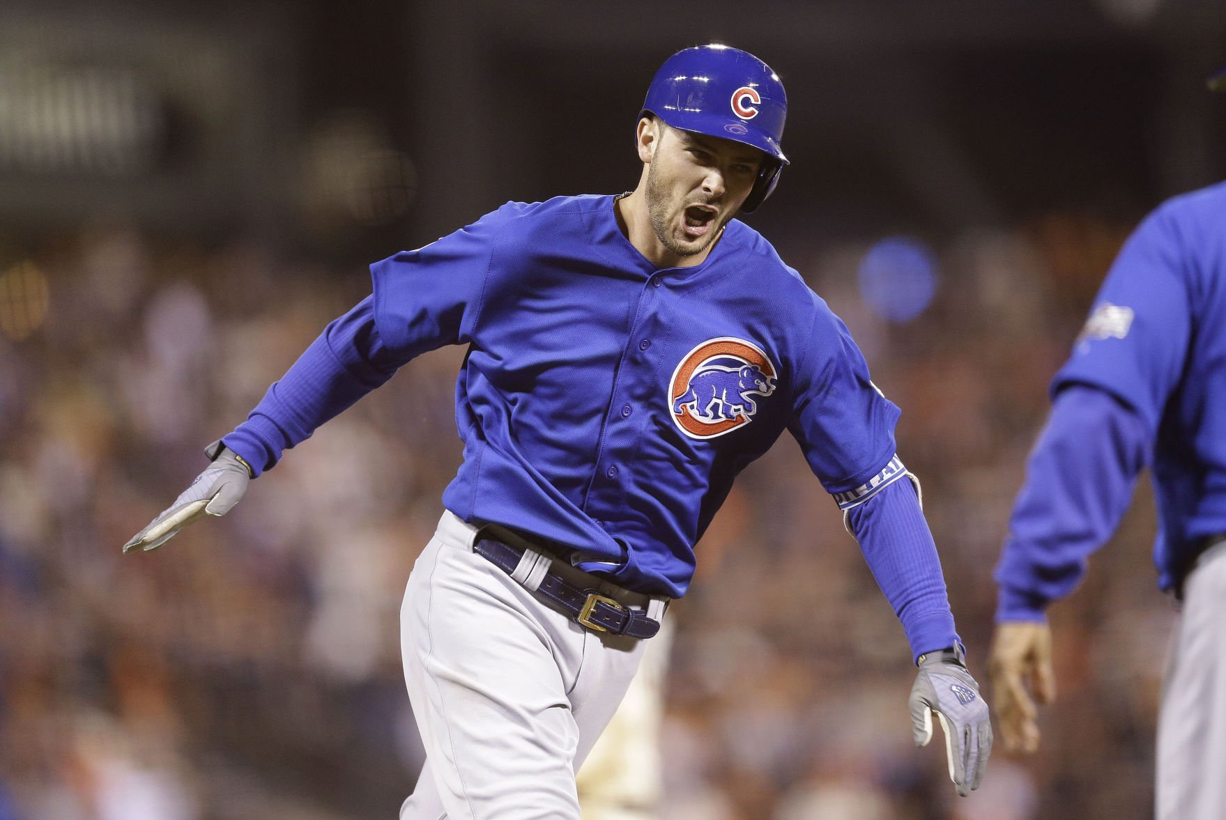 Arrieta's early 3-run homer doesn't hold, Cubs lose Game 3