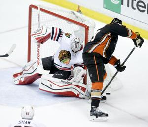 Photos: Blackhawks vs. Ducks, Game 2