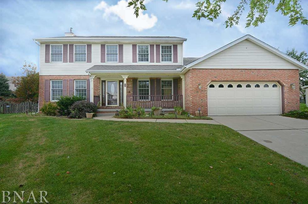 Affordable starter homes in the bloomington area home for Affordable 4 bedroom houses