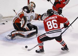 Photos: Blackhawks vs. Ducks, Game 6