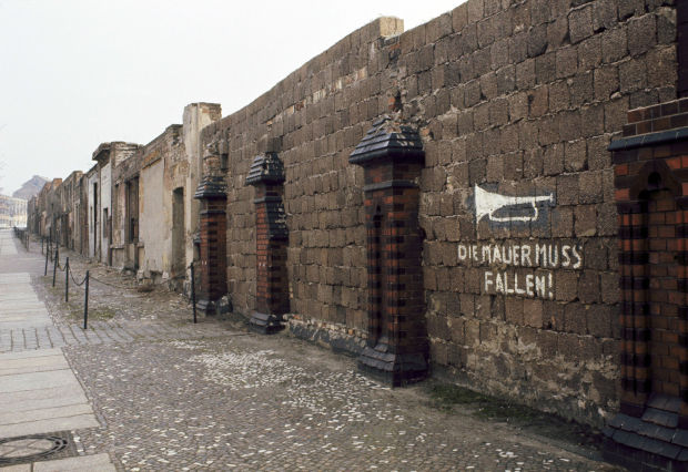 Photos Berlin Wall Then And Now Gallery
