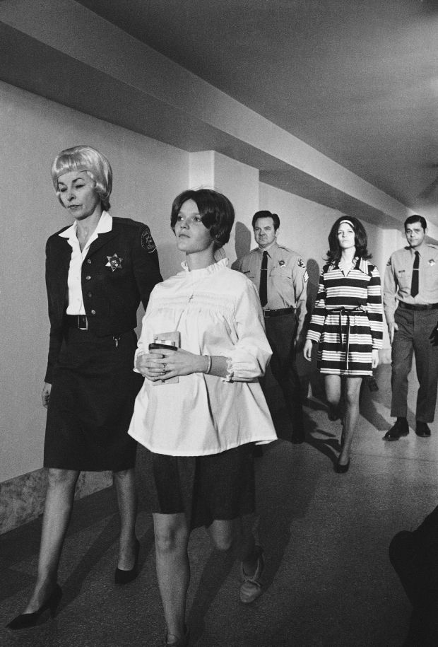 Charles Photos: Trial Murder : Gallery Manson