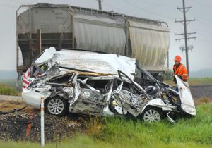 Photos: Pontiac train derailment