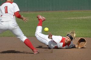 Photos: ISU softball sweeps Bradley