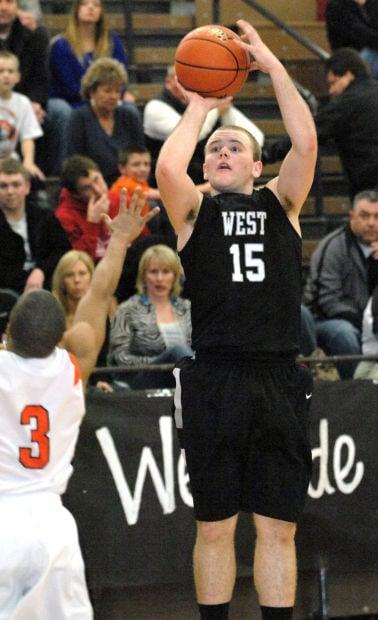 West tops NCHS to win regional crown | High School Boys Basketball | pantagraph.com