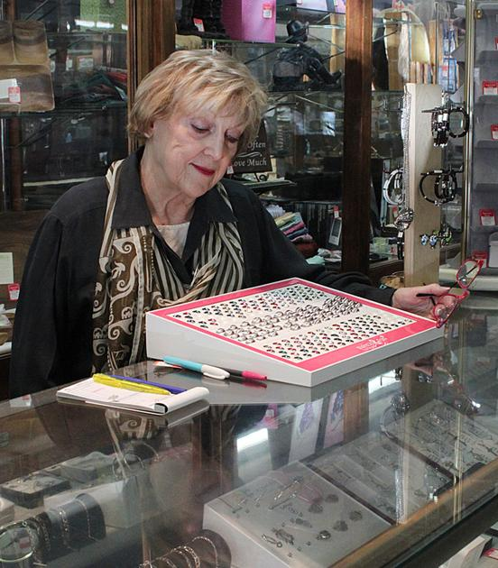 Paris Tn Downtown Jewelry Store To Close After More Than