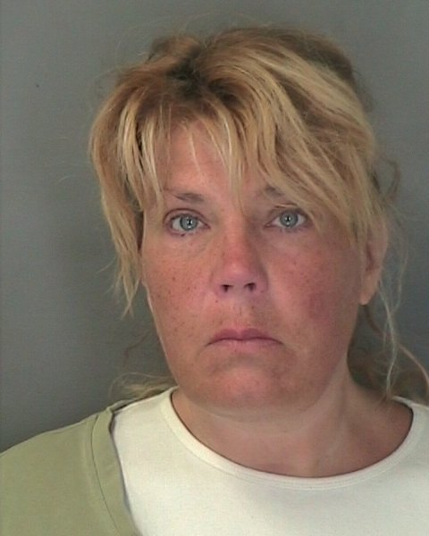 lake luzerne single women Lake luzerne — a parent of a hadley-luzerne high school student was arrested friday for allegedly threatening to  woman accused of threats against hadley.