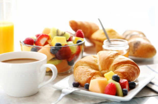 Free Continental Breakfast At The Great Escape Lodge