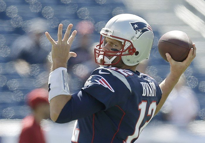 NFL QBs getting tips from ex-MLB pitcher Tom House
