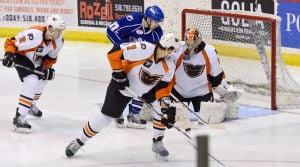 Adirondack Phantoms vs. Syracuse Crunch