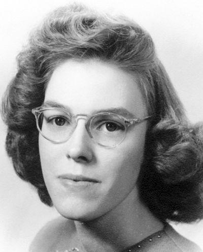 Beatrice Mary Bea Bartlett Obituaries Poststar Com