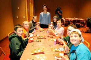 Northfield Jewish youth bring  good deeds of Christmas gifts