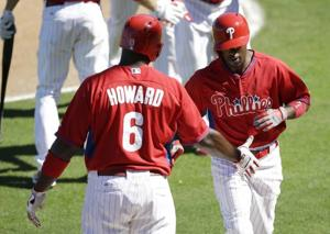 Rollins hits 3-run HR in Phils' win
