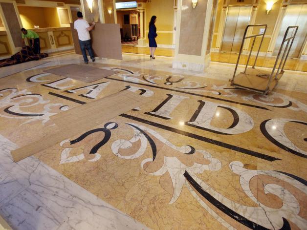 Non-casino hotels make a comeback