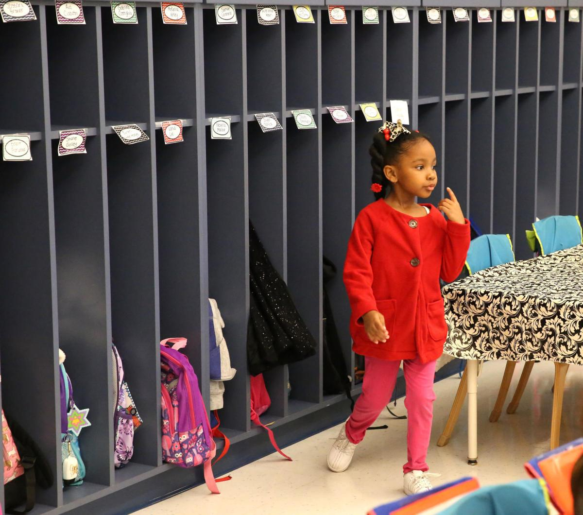 kindergarten full day versus half day 2 essay Advantages of full-day kindergarten: more than 3 million students are enrolled in kindergarten programs in the united states slightly more than half of those students are enrolled in full-day programs, and the remainder attend more traditional half-day kindergarten.