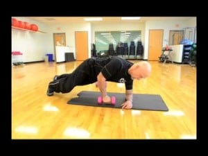 Your Workout: Side Plank with Lat Pull