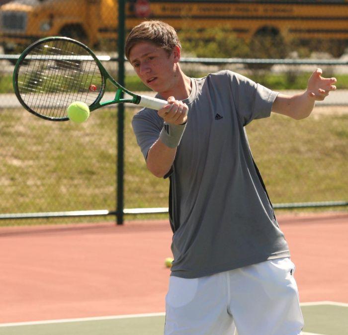 Middle Township senior twins Jeremy and Zack Novick Tennis players