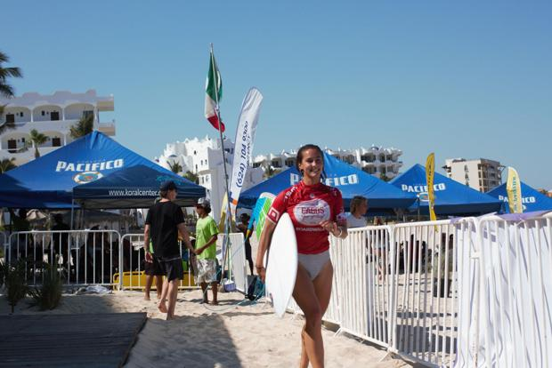 Two local surfers advance at Mexican pro surfing contest