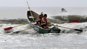 Smallwood, Graves row to win 20-mile North Wildwood race