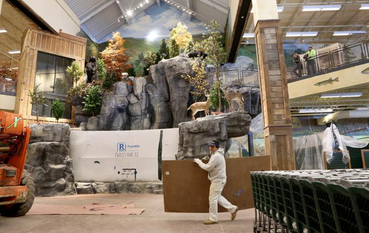 Bass pro in ac sneak preview press of atlantic city for Fish cleaning table bass pro