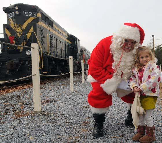 Lots of Holiday HooplaSouth Jersey lights up with holiday-themed events
